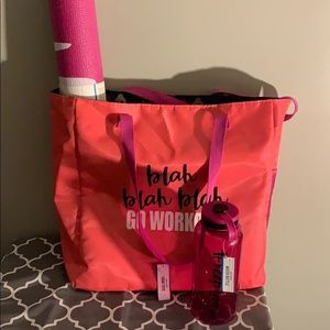 Work Out Kit: Bag, Exercise Mat and Waterbottle